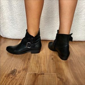 Paul Green Made in Austria Size 6 Booties